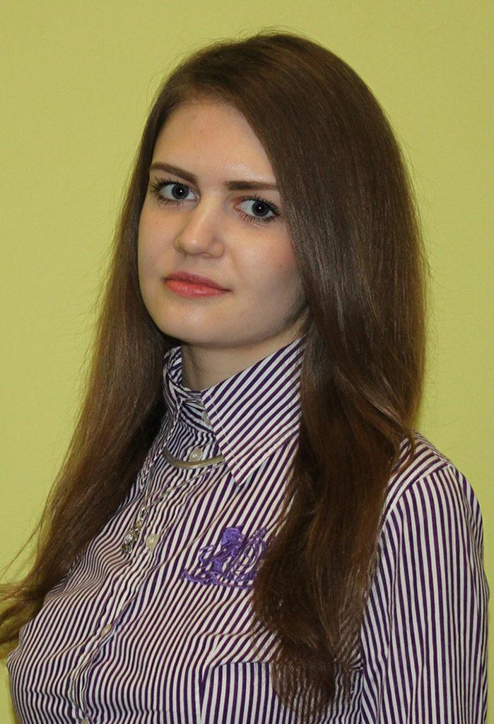 Воронецкая Юлия 13 портной;парикмахер