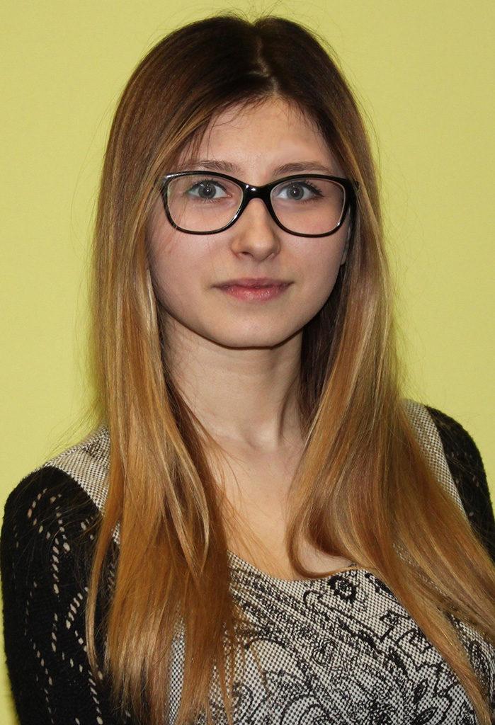 Никонович Валентина 14 художник;модельер